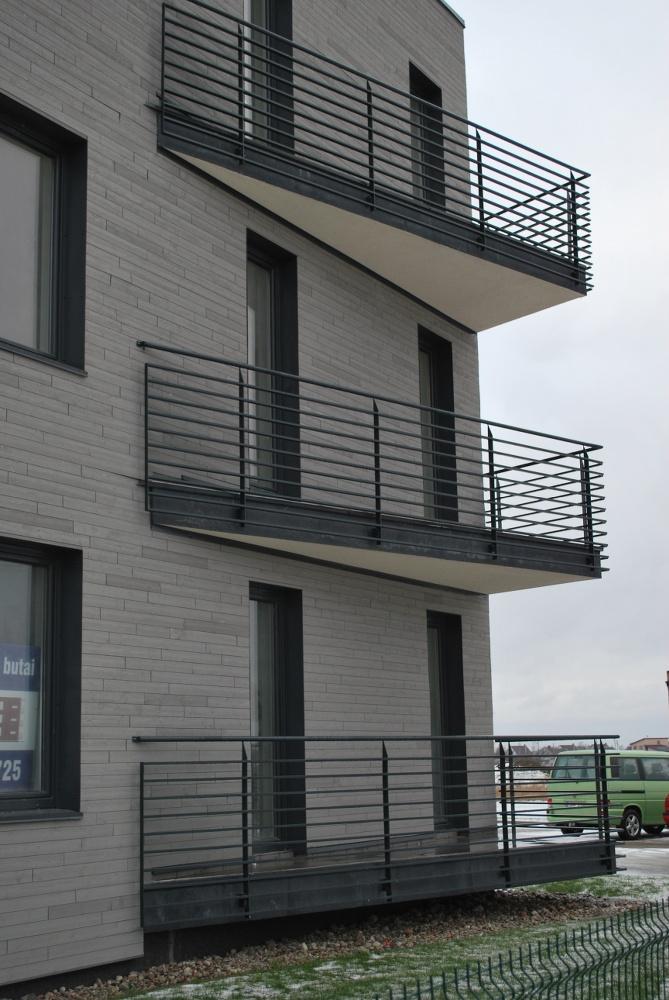 Metaliniai balkonai