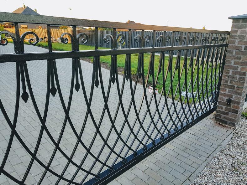 Metalinių vartų gamyba